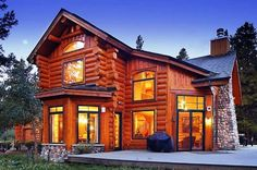 Log work by Sitka Log Homes. This custom handcrafted log home features staggered log ends as an option on exterior corners. Log Cabin Kits, Log Cabin Homes, Log Cabins, Timber Frame Homes, Timber House, Log Homes Exterior, Home Pictures, Home Photo, Inspired Homes