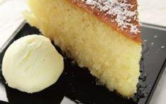 Syrupy cake with homemade ice cream (ravani) - iCookGreek Greek Sweets, Greek Desserts, Greek Cake, Cypriot Food, Greek Cookies, Greek Pastries, Greek Dishes, Turkish Recipes, Greek Recipes
