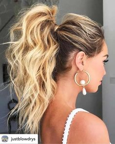 Messy High Ponytails, High Ponytail Hairstyles, Easy Summer Hairstyles, Simple Ponytails, Winter Hairstyles, Prom Hairstyles, Straight Hairstyles, Messy Buns, Ponytail Updo