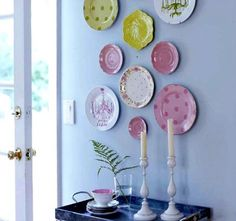 Love the plates on a wall idea