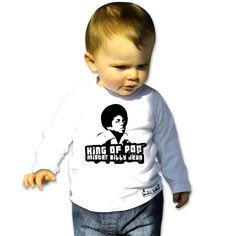 King of pop-Tee shirt manches longues pour bébé 22€-Tralala la boutique en ligne pour bebe, vous propose le tee shirt bebe Mickaël Jackson Tshirt bebe Mickaël Jackson 100% coton bio organique. Tshirt bébé manches longues ajustées et imprimé devant. Coton Bio, Jackson, T Shirt, Pop, Sweatshirts, Sweaters, Fashion, Organic, Boutique Online Shopping