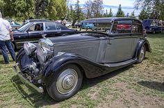 1938 Bentley 4 1/4 Litre Mulliner Sport Saloon