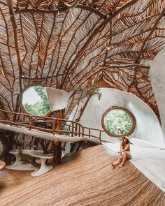 Azulik Tulum is a private beach resort and a Mayan wellness center designated only for adults. It is located, of course, in Tulum, Mexico. Azulik Hotel Tulum, Azulik Tulum, Tulum Mexico, Resorts, Cool Tree Houses, Tree House Designs, Bamboo House, Natural Building, Earthship