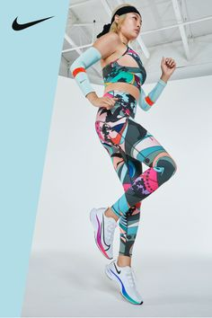 All the bright, breathable gear to keep you comfortable on the go. Shop the Icon Clash Collection now on Nike.com.