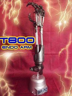 21  T-800 Endo Arm Terminator articulated fingers w/Base █ Finish CHROME █ 1:1