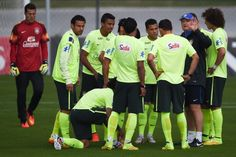 Head coach Luiz Felipe Scolari gives instructions for his players during a training session of the Brazilian national football team at the squad's Granja Comary training complex, on June 09, 2014 in Teresopolis, 90 km from downtown Rio de Janeiro, Brazil.