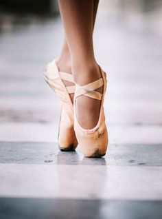 This Ballerina's Dance Video Is Going Viral For The Best Reason. Pointe  ShoesBallet ...