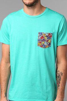Keith Haring Pocket Tee I neeeeeed thisssss Cool Tees, Cool Shirts, Dapper Men, Boys Wear, Shirts For Teens, Keith Haring, Well Dressed Men, Cool Fabric, Tee Design