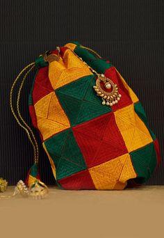 Nani Ki Peti Bagh Phulkari Decorative Theli
