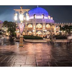 Instagram【mickeeeeey__68】さんの写真をピンしています。 《雨上がりのアラビ…♡ ・ ・ #ディズニー #ディズニーシー #東京ディズニーリゾート #東京ディズニーシー #東京ディズニーリゾート #アラビアンコースト #ディズニー風景 #風景 #夜景 #ディズニーカメラ隊 #ディズニー写真部 #カメラ女子 #写真好きな人と繋がりたい #写真撮ってる人と繋がりたい #ファインダー越しの私の世界 #disney #disneysea #disneyresort #tokyodisneysea #tokyodisneyresort #disneyphoto #disneylandscape #thenightview #nightview #disneypic #disneyhalloween #instadisney #disneygram #nikon #nikon1j5》