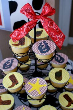 Another cute idea... applesauce on a cupcake stand. These have covers ...