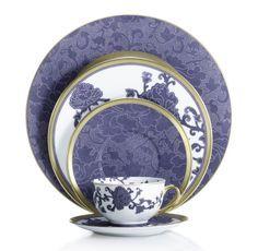 Jídelní sada * modro bílý porcelán s květinovým vzorem.