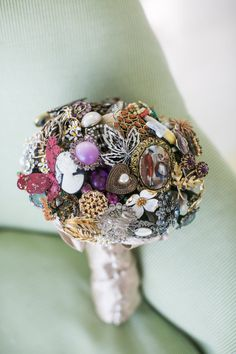 such a fan of brooch bouquets!