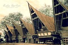 Batak's Traditional house - North Sumatera - Indonesia   Huta di Ambarita    Huta is a group of houses which consists of several Batak houses in one complex,  usually within 1 huta there are 5 to 12 Houses.    The Batak house was divided into three levels symbolizing a three fold division of the cosmos (the underworld, the earth and the upper world). Animals were kept below the house (where they warned against attacks), people lived in the middle and sacred heirlooms were hung under the…