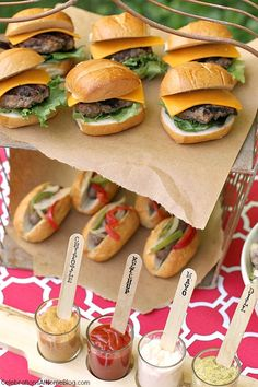 Our Last Minute Summer Cookout + Recipes — Celebrations at Home party food drink ideas For your summer cookout, grill mini burgers and small sausage links so guests can have both without getting too full. I love using wooden sticks as labels for condime Bbq Party, Snacks Für Party, Party Food Bars, Tiny Food Party, Grill Party, Party Drinks, Summer Bbq, Summer Parties, Summer Food