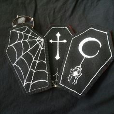 Coffin sunglass cases For the darkly inclined spooky babe! Choose from any of the 3 available designs Handmade by yours truely Tags: goth, gothic, dark, black, alternative, cross, spiderweb, halloween, sunglasses, elvira, vampire, vampira, Accessories Glasses