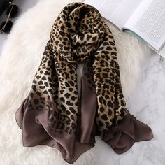 Leopard Scarf, Pashmina Shawl, Shawls And Wraps, Scarf Styles, Womens Scarves, Luxury Fashion, Stylish, Ladies Fashion, Curvy Fashion