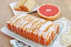 Going to a holiday party and need to bring a gift? Go the homemade route and make this Grapefruit Yogurt Cake from @leangrnbeanblog for the hostess! Recipe link in profile ~Regan Jones, RD #cabotcheese #homemade #cabotyogurt #cabotbutter