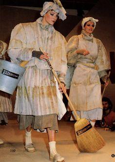 archivings:  Fendi Fall/Winter 1983 Fendi, 80s Fashion, Womens Fashion, Season Of The Witch, Italian Fashion Designers, Vintage Fur, 1980s, Archive, Fall Winter