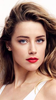 Télécharger Beautiful Actress Amber Heard Free Pure Ultra HD Mobile Wallpaper – The World Amber Heard Hair, Amber Heard Style, Most Beautiful Faces, Beautiful Eyes, Amber Heard Wallpaper, Amber Head, Beautiful Actresses, Beautiful Celebrities, Actrices Sexy