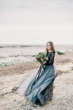 20 Non-Traditional Bridal Outfits That Wow Wedding Dress Suit, Wedding Jumpsuit, Amazing Wedding Dress, Wedding Gowns, Lace Wedding, Autumn Wedding, Green Wedding, Wedding Bells, Floral Wedding