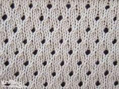 Staggered Eyelet knitting stitch pattern | written and video instruction | knittingstitchpatterns.com