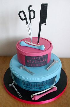 Hairdressing cake (This'd be an excellent cake for my baby sister) <3