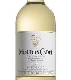 Mouton Cadet Vin blanc, 750 ml 14,65 $ FRANCE DEGRÉ D'ALCOOL 12 % Acidité : Vive Perception de sucre : Sec Texture : Ample Corps : Moyen Familles d'arômes : Fruitée Végétale