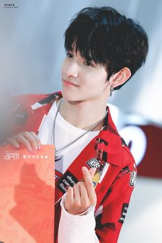 Korean K Pop, Korean Star, Seventeen Samuel, Revenge Season 2, Samuel 17, Clap Clap, King Of My Heart, Reality Tv Shows, Kpop