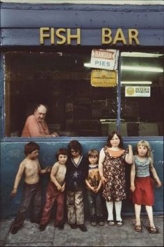 Penrhiwceibe, Famille Eyles, Southwales, 1979 by Stéphane Duroy