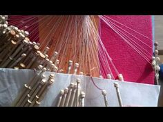 ▶ Bolillos. Encaje de tul - YouTube Bobbin Lacemaking, Lace Making, Tatting, Stitch, Crochet, Pattern, How To Make, Angles, Techno