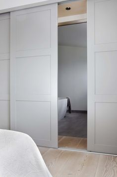 built in wardrobe doors for small room Sliding Wardrobe Doors, Modern Closet Doors, Fitted Wardrobes, Bedroom Wardrobe, Bedroom Doors, Room Divider Ideas Bedroom, Ikea Room Divider, Wardrobe Wall, Barn Bedrooms