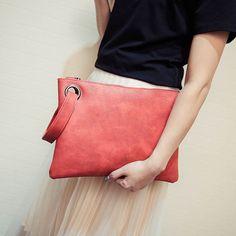 Item Type: Handbags Exterior: Silt Pocket Number of Handles/Straps: Single Interior: Interior Slot Pocket,Interior Zipper Pocket Closure Type: Zipper Handbags Type: Day Clutches Shape: Envelope Decora