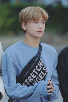 Oof haechan slayin with that fanny pack thooo Taeyong, Nct 127, Winwin, K Pop, Ntc Dream, Johnny Seo, Mark Nct, Jung Jaehyun, Na Jaemin