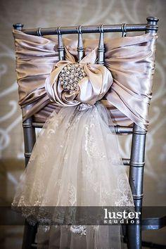 silver-chiavari-chair-covers