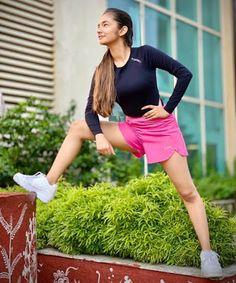 Anushka Sen Anushka Sen is an Indian TV actress and dancer. She is one of the most beautiful child actresses in India. South Indian Actress Hot, Indian Tv Actress, Indian Actresses, Cute Little Girl Dresses, Cute Little Girls, Baby Girls, Stylish Girl Images, Stylish Girl Pic, Beautiful Bollywood Actress