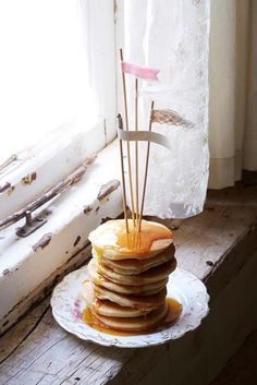 ... ~ crumpets with maple syrup ~ ...