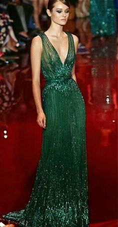 Elie Saab Couture Fall Winter 2013 Paris Nadire Atas on Elie Saab Designs 2014 Golden Globes Red Carpet Style Couture, Couture Fashion, Dress Fashion, Beautiful Gowns, Beautiful Outfits, Vestidos Fashion, Evening Dresses, Prom Dresses, Club Dresses
