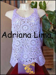 Adriana Lima: Blusinha lilás