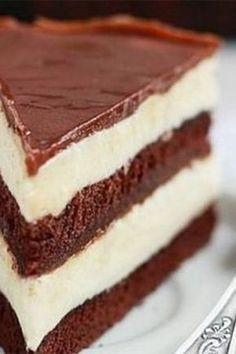 "Tort de ciocolata ""Milka"" Romanian Desserts, Romanian Food, Sweet Recipes, Cake Recipes, Dessert Recipes, Russian Cakes, Great Desserts, Sweet Tarts, Christmas Desserts"