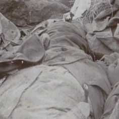 Slachtoffers van de strijd bij Spionkop in Zuid-Afrika, anonymous, 1900 - Search - Rijksmuseum Armed Conflict, It Works, War, Reading, Reading Books, Nailed It