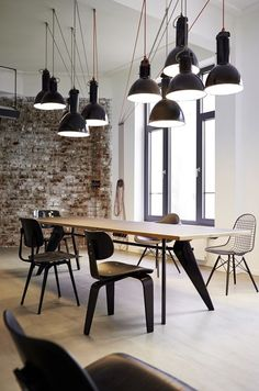 125 Amazing Industrial Workspace Interiors and Furniture https://www.futuristarchitecture.com/1731-industrial-workspace-interiors.html #architecture #interior #homedecor #homedesign