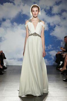 Jenny Packham bridal 2015, designer wedding gowns, designer wedding dresses, plus size model, wedding dress #jennypackham #jennypackham2015 #weddingdresses #weddinggowns
