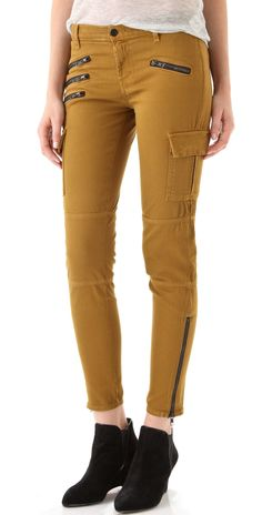 I'm loving these mustard type skinny jeans! The excessive zippers are really nice also!