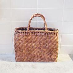 Yamagata / JapanWild grapevine basket - QUICO WEB SHOP