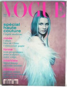 Kate Moss by Paolo Roversi on the cover of Vogue Paris March 1994 Vogue Magazine Covers, Fashion Magazine Cover, Fashion Cover, Vogue Covers, Kate Moss, Paolo Roversi, Moss Fashion, Vogue Fashion, Fashion Models