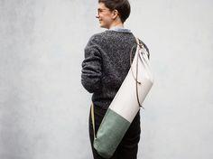 DIY-Anleitung: Yogatasche aus Canvas und Wildleder nähen via DaWanda.com