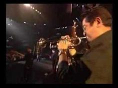 Marc Anthony - Hasta Ayer (en vivo) ~one word...   .El rey de la salsa.
