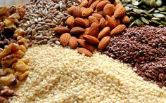 Raw Nuts and Seeds That Support Collagen Production in the Body