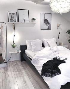 Room Ideas Bedroom, Home Decor Bedroom, Bedroom Wall, Girls Bedroom, Master Bedroom, Bedroom Furniture, Jungle Bedroom, Bedroom Beach, Bedroom Curtains